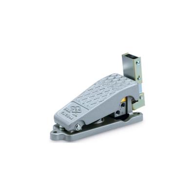 Foot Pedal Type 5 Port Mechanical Valve XT34-60/67